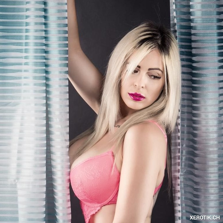 Ich  massiere Dich auf Wünsch ganz nackt -Sofia 25J NEU
